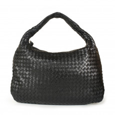 Bottega Veneta Black Intrecciato Medium Hobo 02