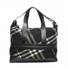 Burberry Wool Novacheck Large Weekender/Duffle Bag 01