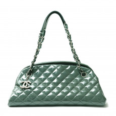 Chanel Quilted Patent Leather Just Mademoiselle Bowling Bag 02
