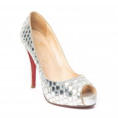 Chrisitian Louboutin Silver Patent Leather Poseidon 120 Peep-Toe Pumps 01