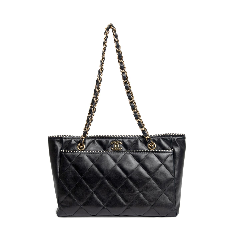 Chanel Black Lambskin Quilted Leather Shoulder Bag 01